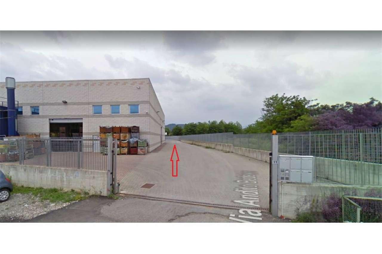 Capannone in affitto a Terno d'Isola, 9999 locali, prezzo € 1.300 | CambioCasa.it
