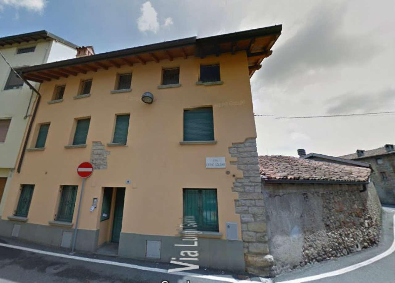 Soluzione Indipendente in vendita a Curno, 12 locali, prezzo € 350.000   CambioCasa.it