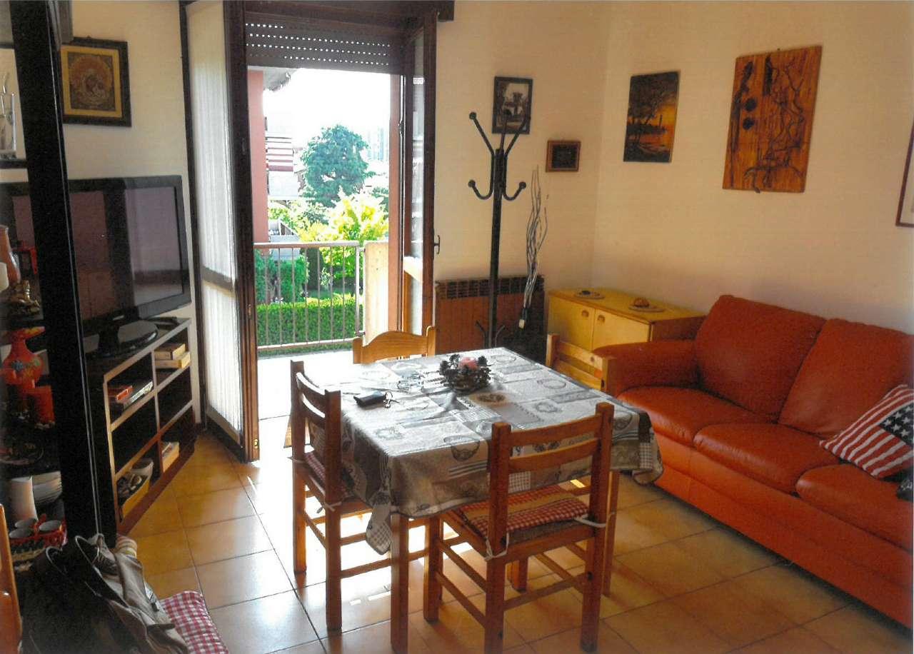 Appartamento in affitto a Seriate, 20 locali, prezzo € 550 | PortaleAgenzieImmobiliari.it