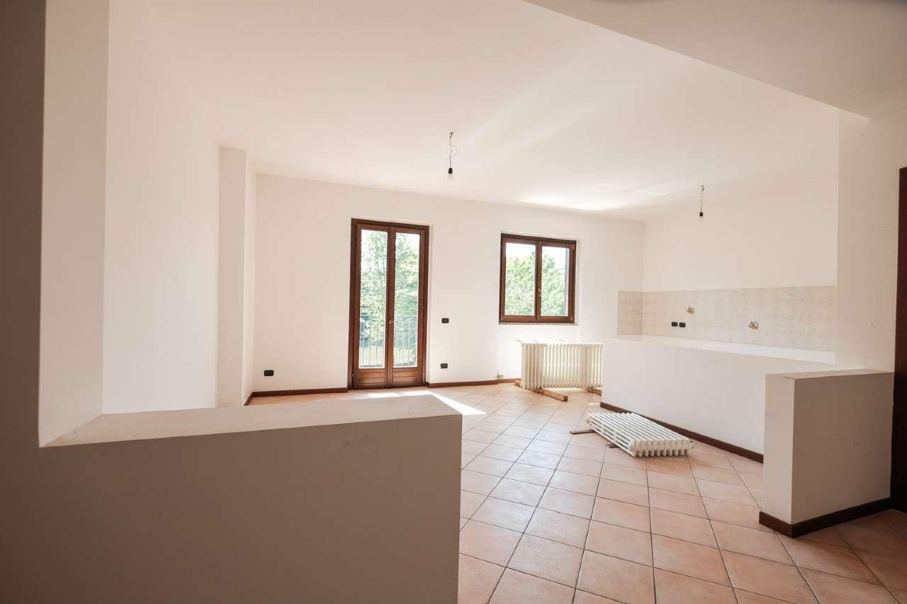 Appartamento in vendita a Terno d'Isola, 3 locali, prezzo € 131.000 | CambioCasa.it