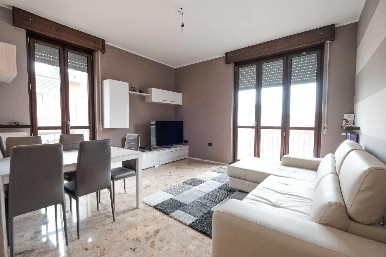 Appartamento in vendita a Curno, 3 locali, prezzo € 105.000   CambioCasa.it