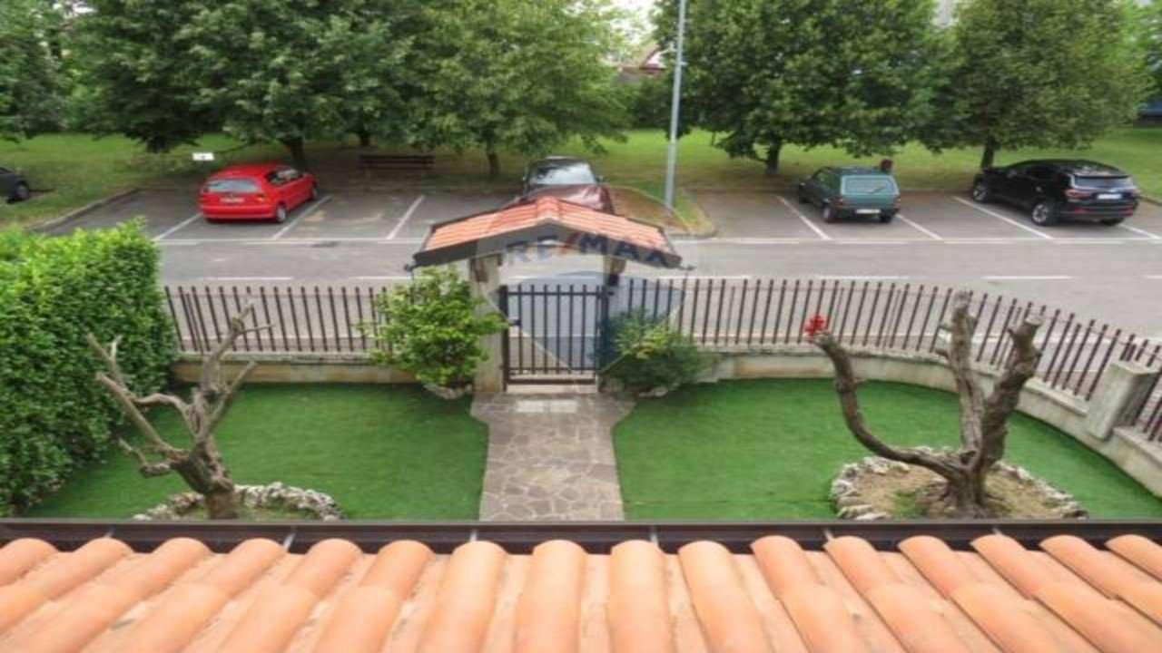 Villa in vendita a Bonate Sotto, 4 locali, prezzo € 285.000 | PortaleAgenzieImmobiliari.it