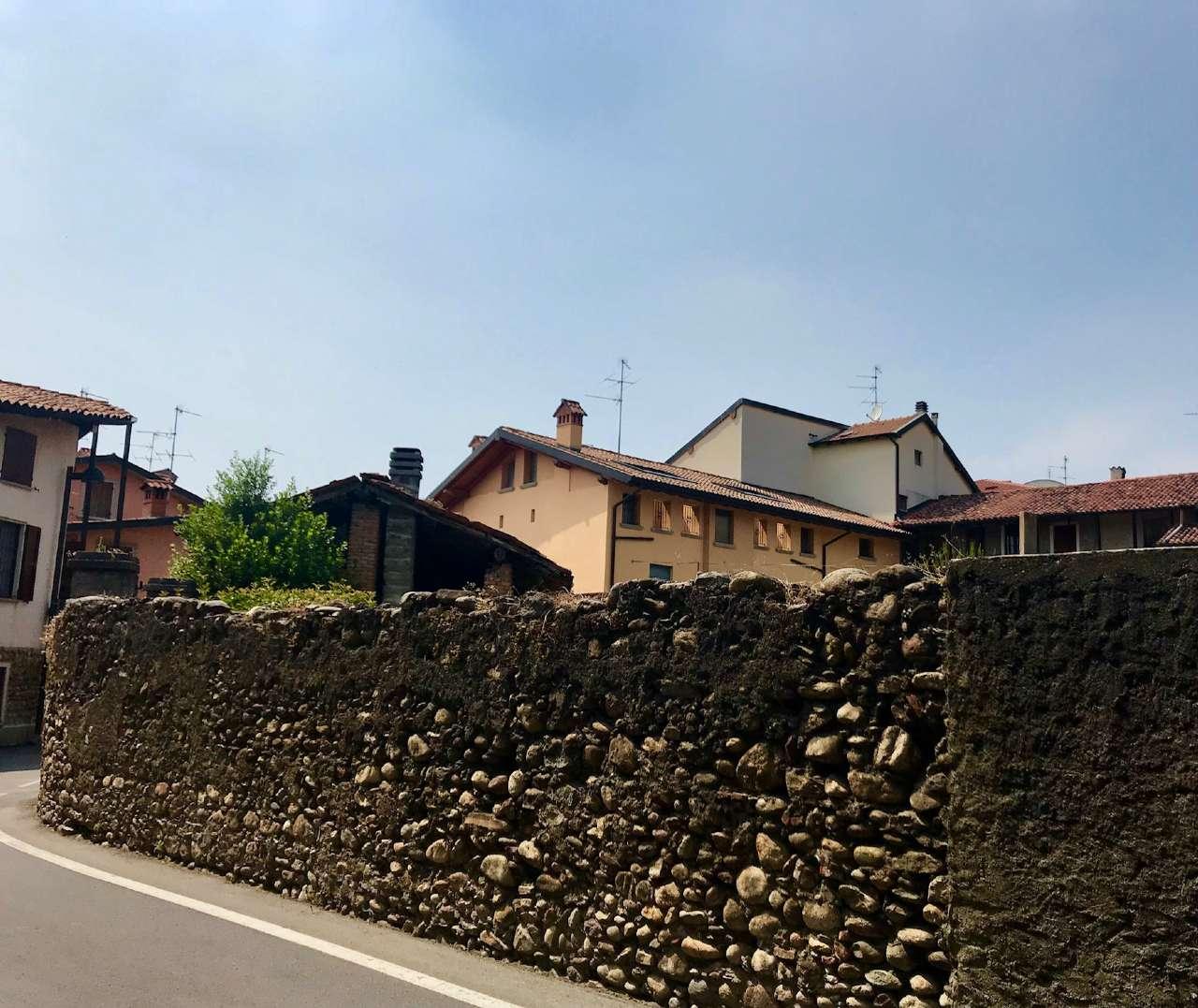 Soluzione Indipendente in vendita a Curno, 12 locali, prezzo € 350.000 | CambioCasa.it