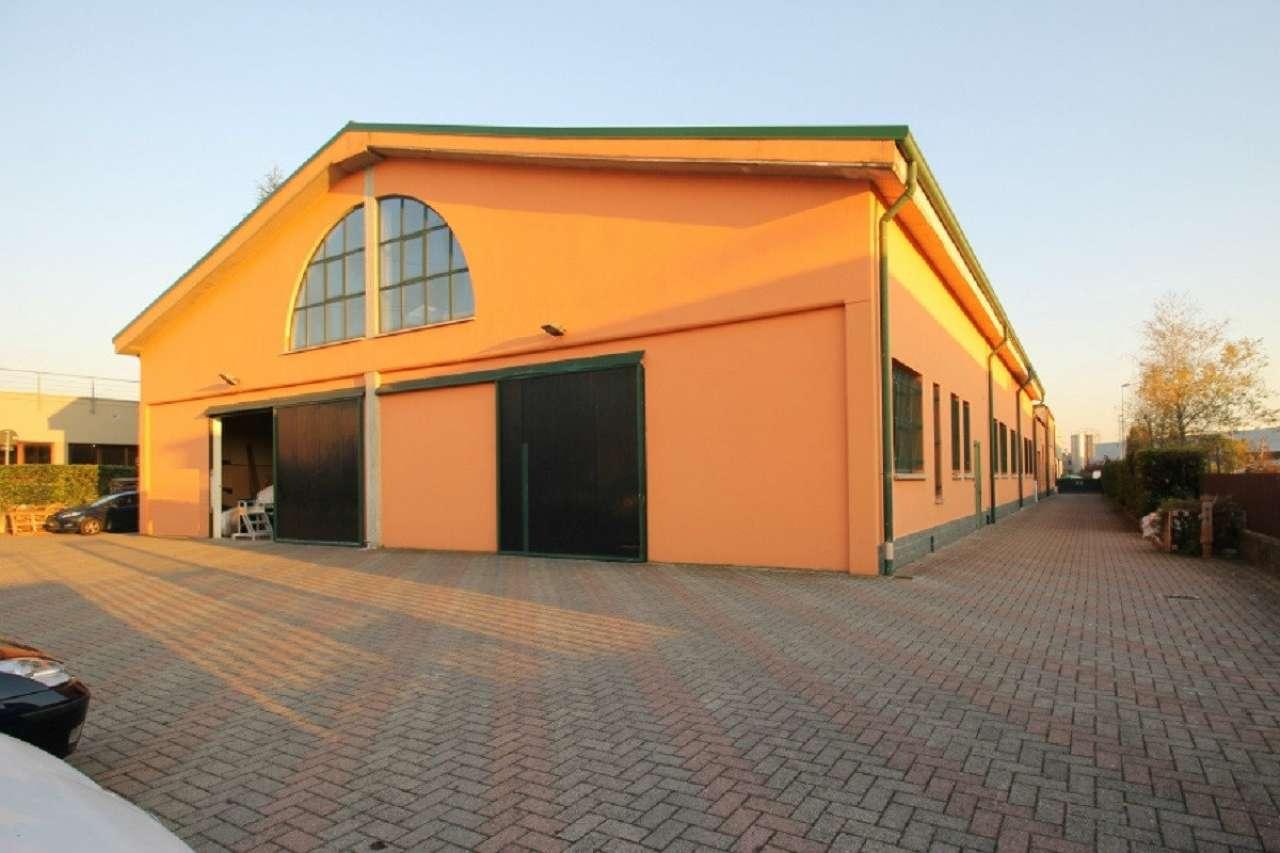 Capannone in affitto a Sotto il Monte Giovanni XXIII, 9999 locali, prezzo € 800 | CambioCasa.it