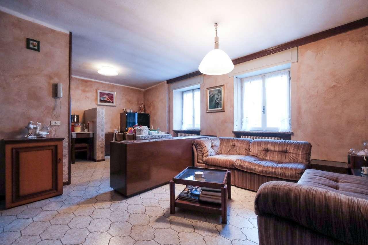 Villa in vendita a Strozza, 5 locali, prezzo € 95.000 | PortaleAgenzieImmobiliari.it