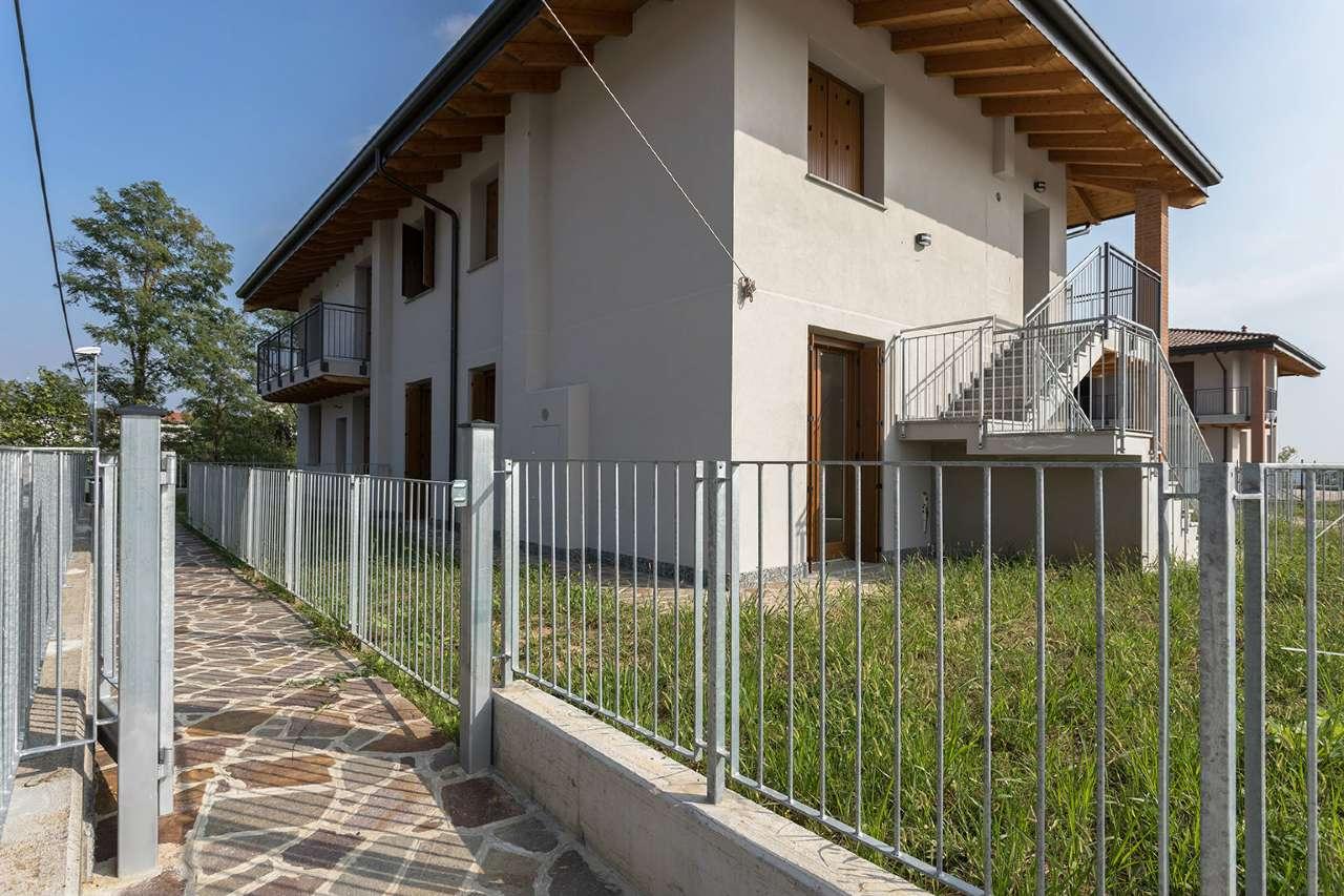 Appartamento in vendita a Bottanuco, 3 locali, prezzo € 156.000 | CambioCasa.it