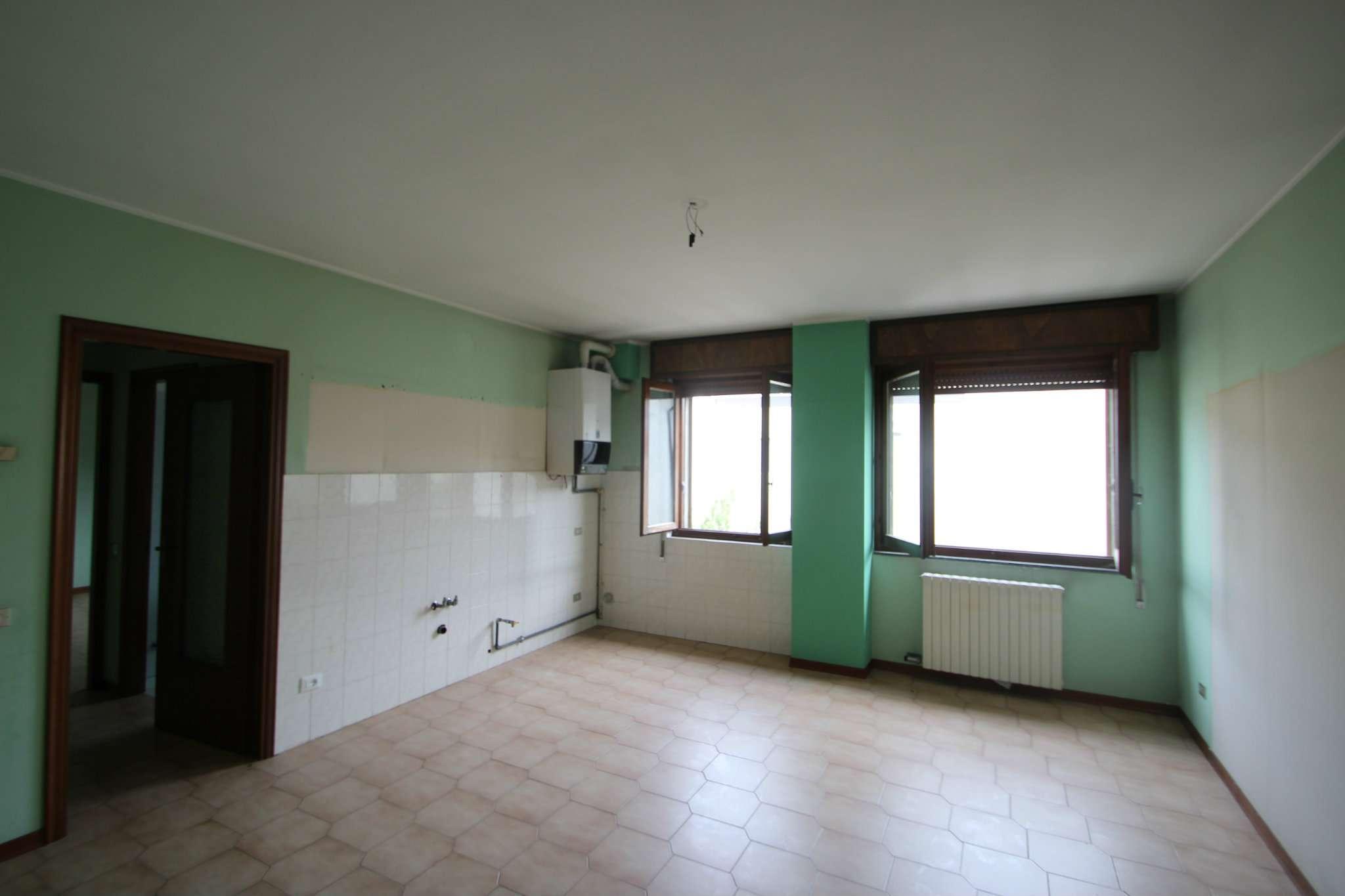 Appartamento in vendita a Cividate al Piano, 2 locali, prezzo € 33.000 | PortaleAgenzieImmobiliari.it