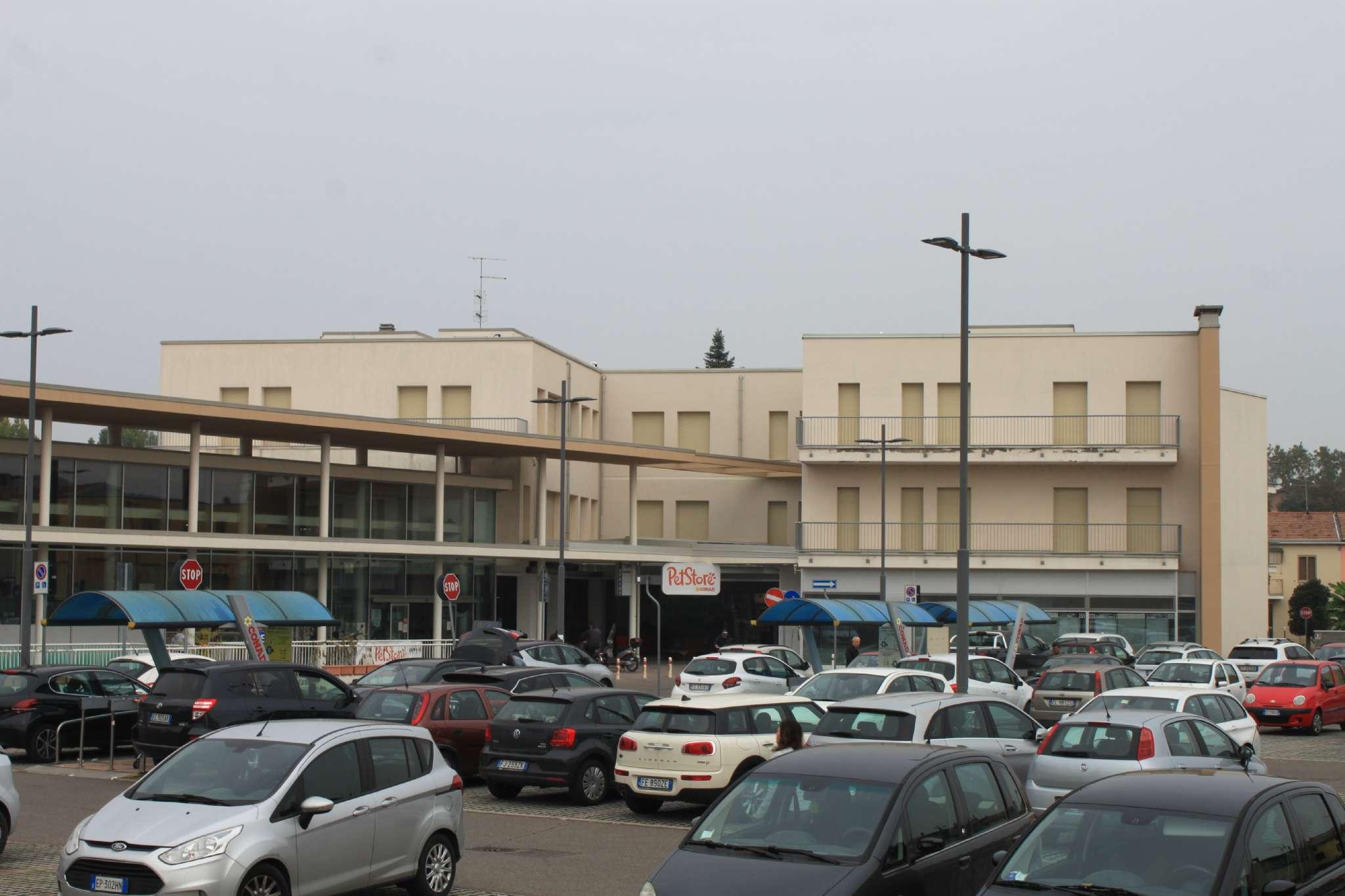 Ufficio / Studio in vendita a Guastalla, 9999 locali, prezzo € 350.000 | CambioCasa.it