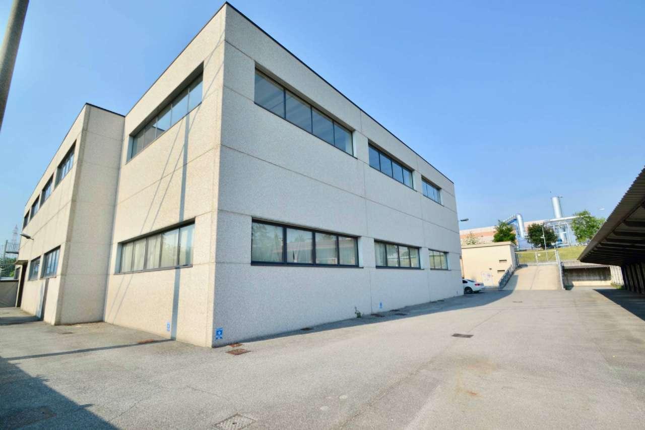 Capannone in vendita a Pedrengo, 9999 locali, prezzo € 900.000 | PortaleAgenzieImmobiliari.it