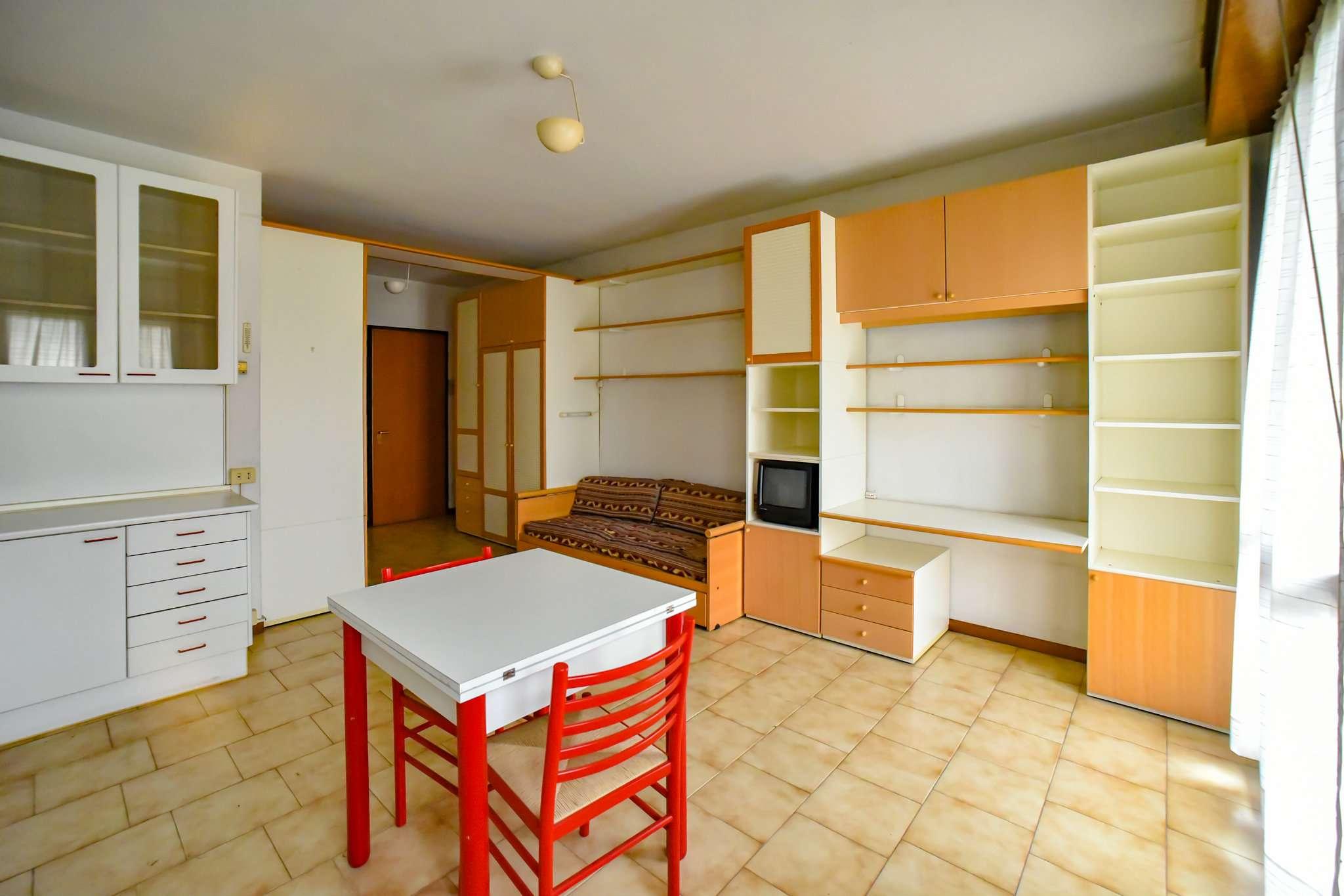 Appartamento in vendita a Urago d'Oglio, 1 locali, prezzo € 39.000 | CambioCasa.it