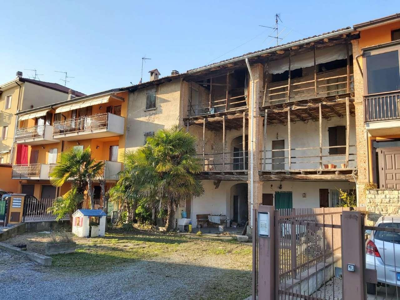 Rustico / Casale in vendita a Calusco d'Adda, 7 locali, prezzo € 85.000 | PortaleAgenzieImmobiliari.it
