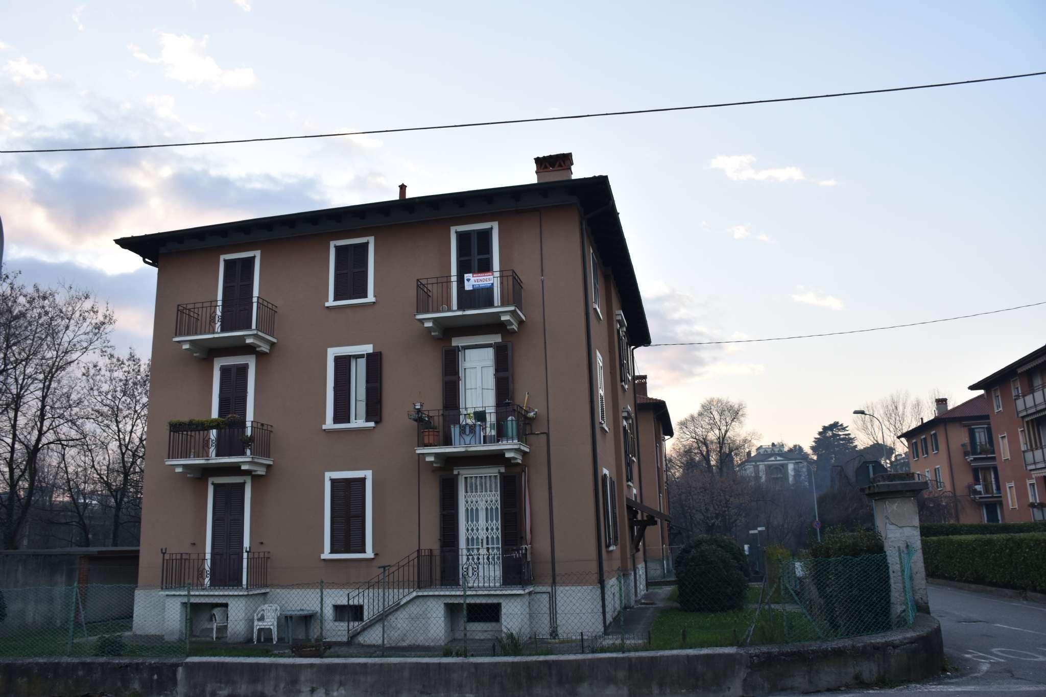 Appartamento in vendita a Ponte San Pietro, 3 locali, prezzo € 75.000 | CambioCasa.it