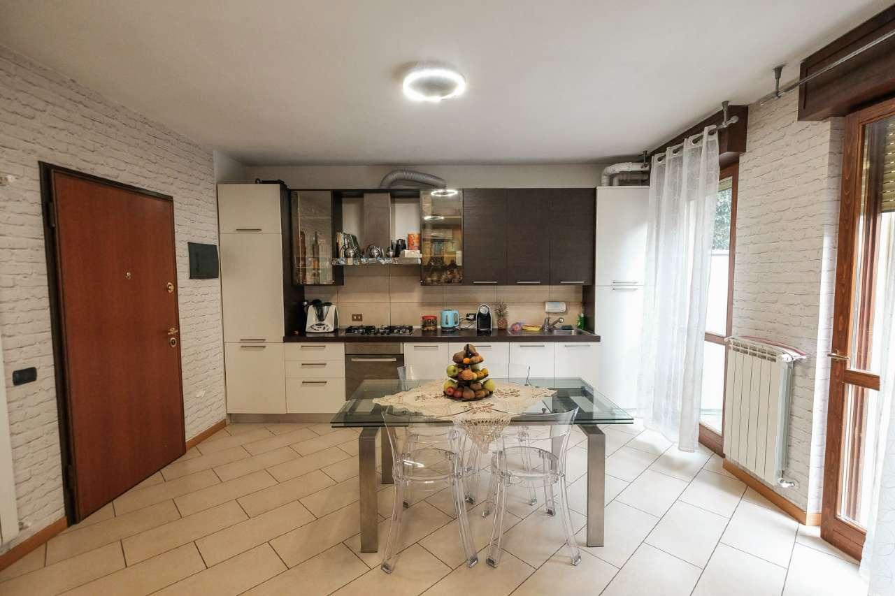 Appartamento in vendita a Bonate Sopra, 3 locali, prezzo € 150.000 | PortaleAgenzieImmobiliari.it