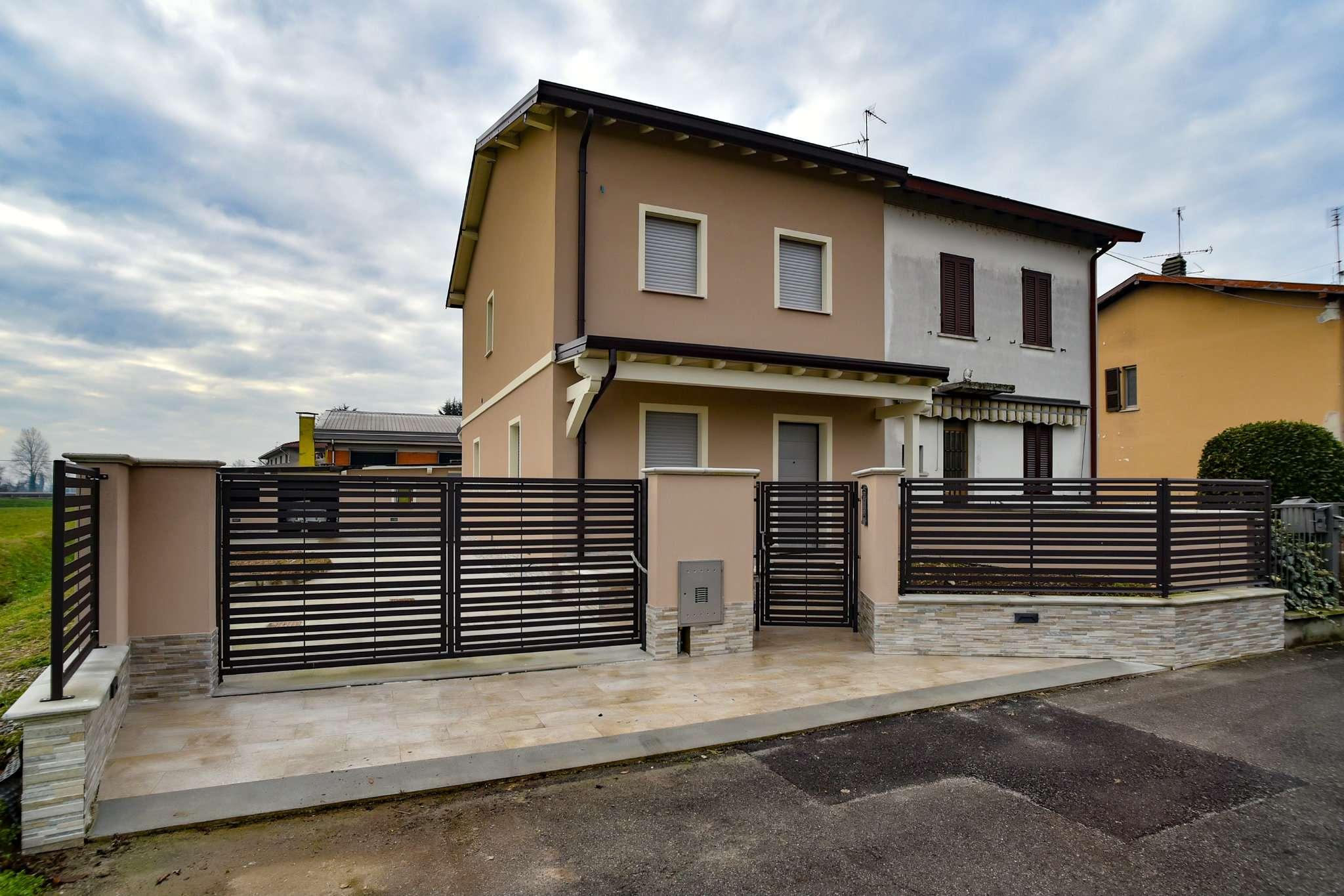 Villa Bifamiliare in vendita a Fontanella, 4 locali, prezzo € 150.000 | CambioCasa.it