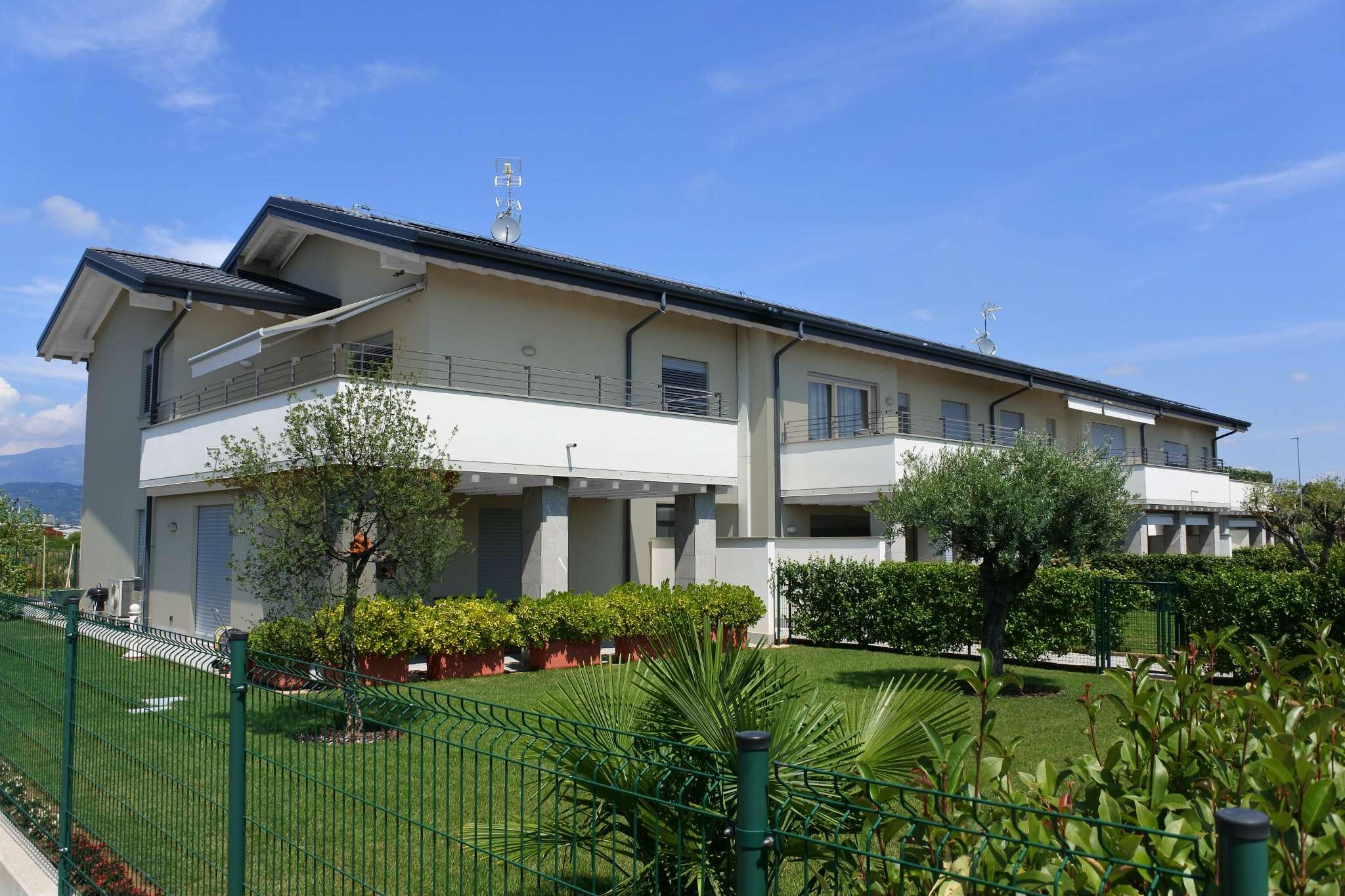 Appartamento in vendita a Suisio, 3 locali, prezzo € 239.000   CambioCasa.it