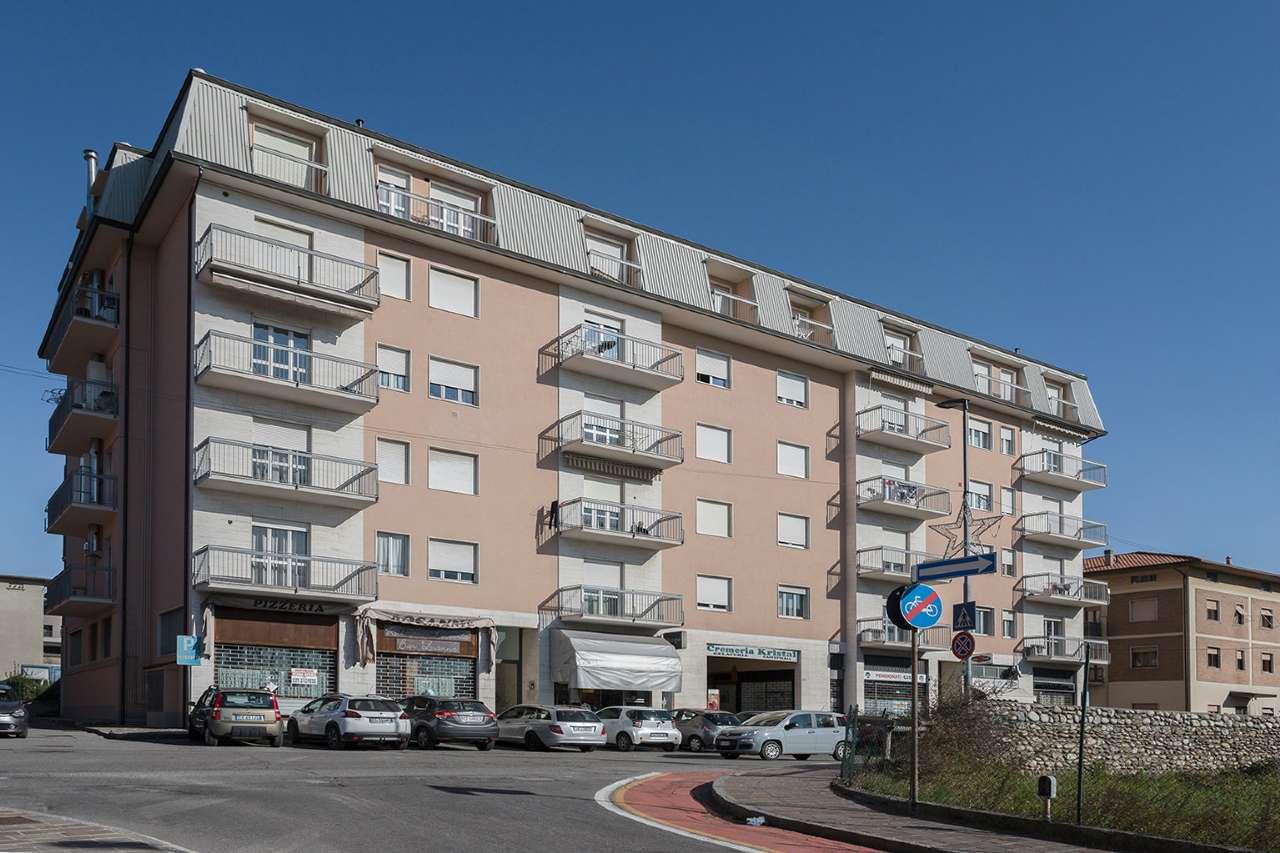 Appartamento in vendita a Almenno San Salvatore, 4 locali, prezzo € 99.000 | CambioCasa.it