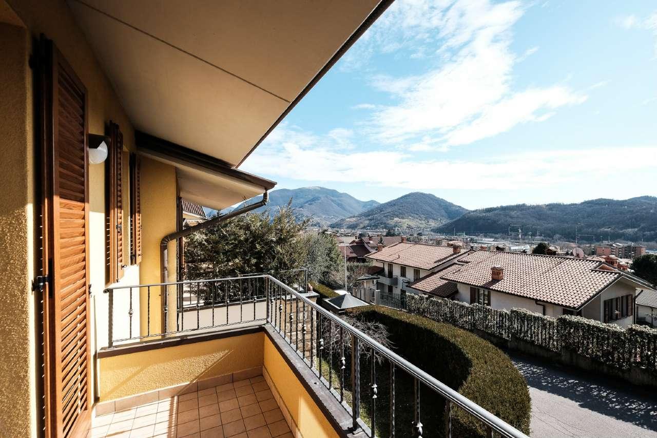 Villa in vendita a Alzano Lombardo, 3 locali, prezzo € 610.000 | PortaleAgenzieImmobiliari.it