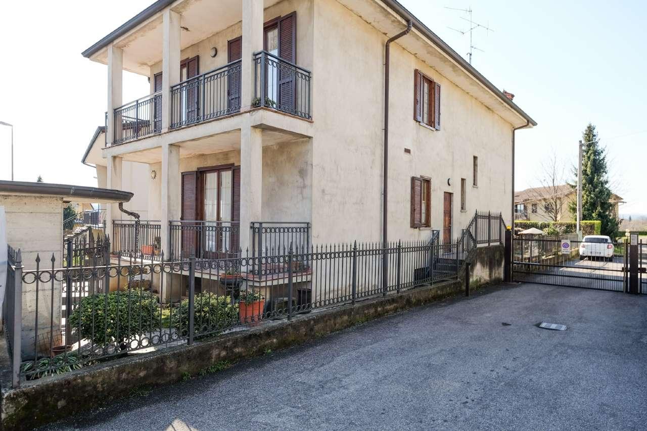 Villa in Vendita a Sorisole