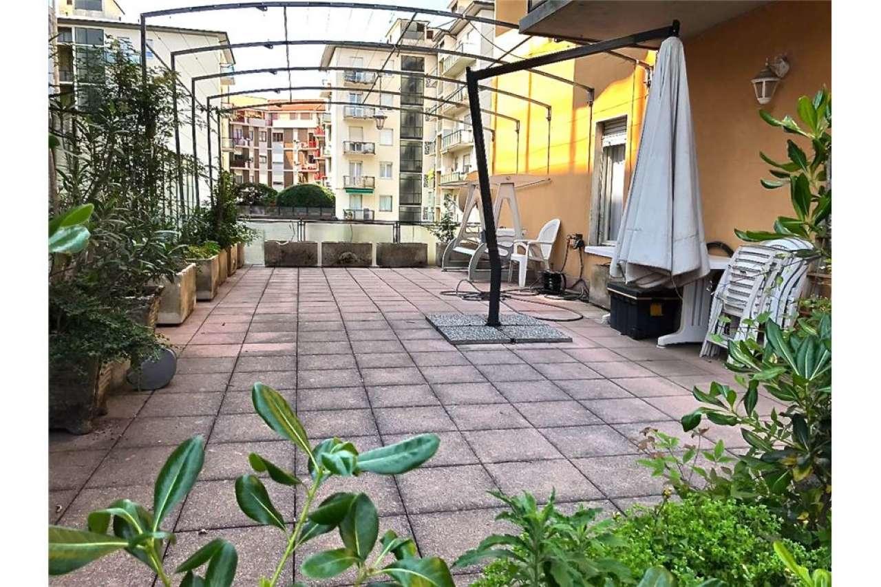 Attico / Mansarda in Affitto a Bergamo