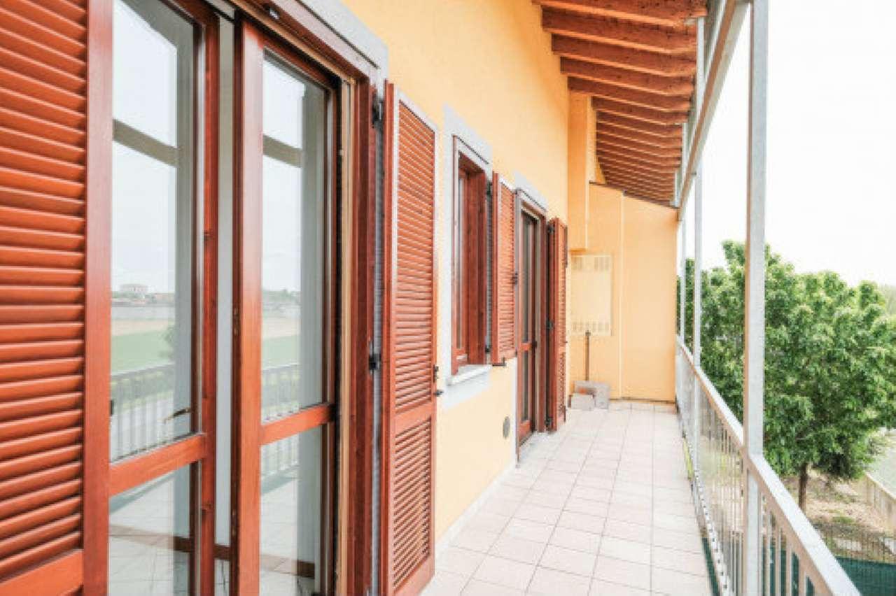 Appartamento in vendita a Terno d'Isola, 5 locali, prezzo € 134.000 | PortaleAgenzieImmobiliari.it