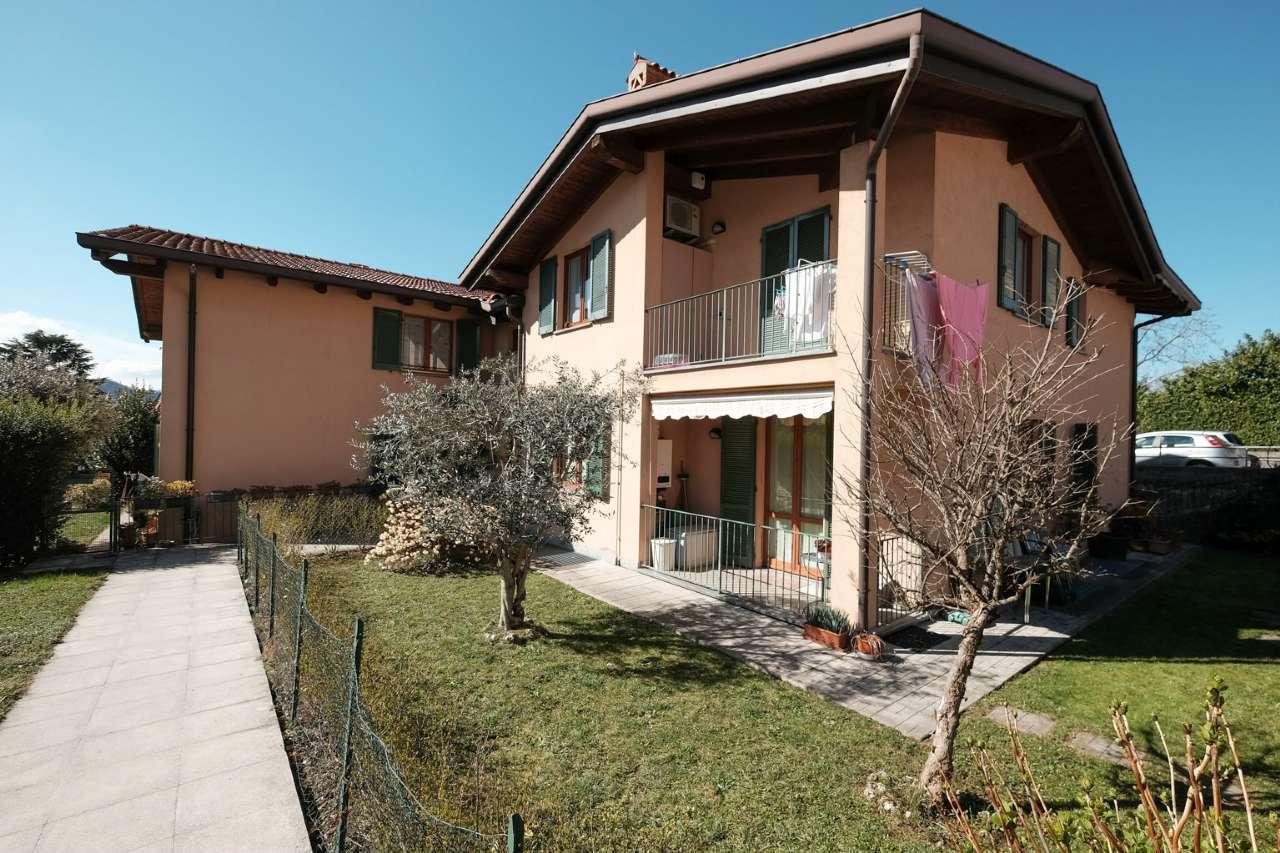 Appartamento in vendita a Caprino Bergamasco, 3 locali, prezzo € 140.000   CambioCasa.it