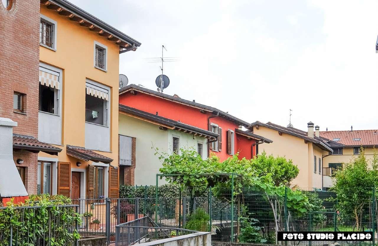 Villa a Schiera in vendita a Terno d'Isola, 4 locali, prezzo € 199.000 | PortaleAgenzieImmobiliari.it