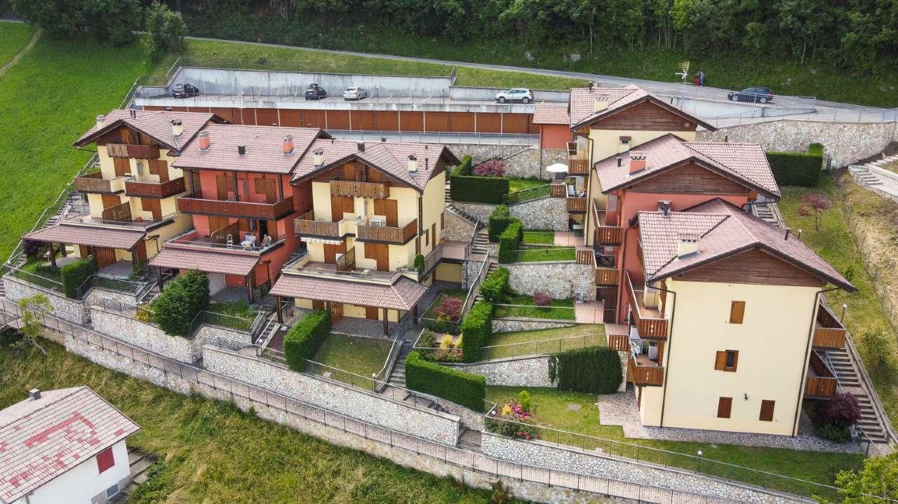 Appartamento in vendita a Costa Valle Imagna, 3 locali, prezzo € 94.000 | CambioCasa.it