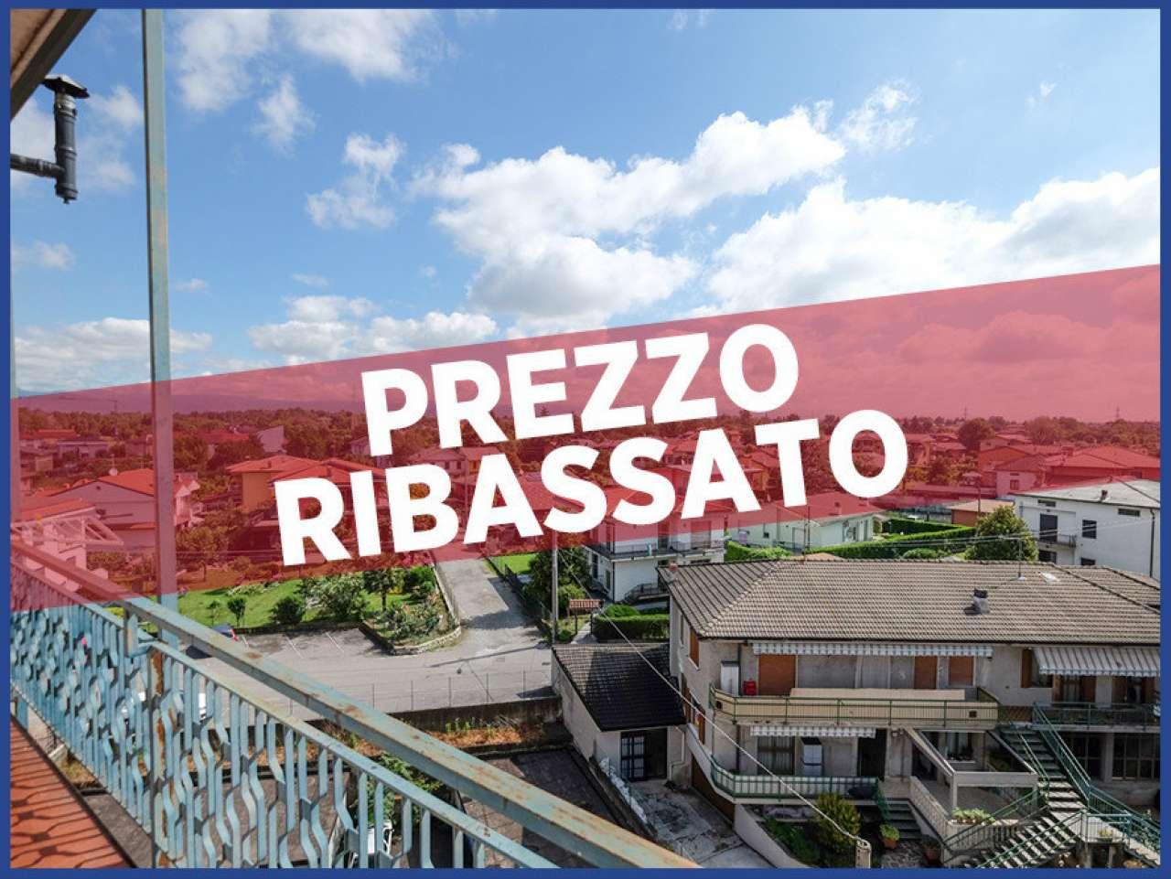 Appartamento in vendita a Brembate, 3 locali, prezzo € 68.000 | CambioCasa.it