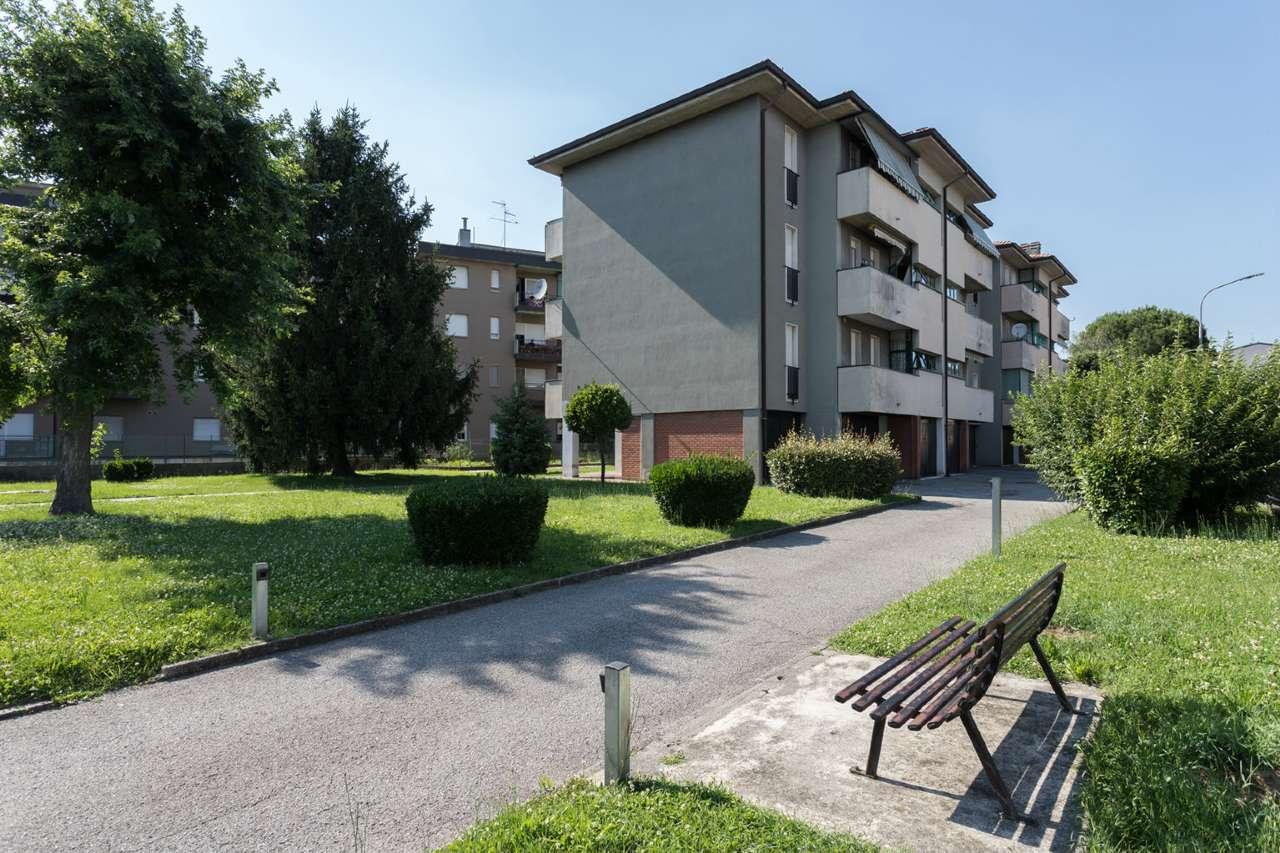 Appartamento in vendita a Bonate Sotto, 4 locali, prezzo € 79.000 | PortaleAgenzieImmobiliari.it