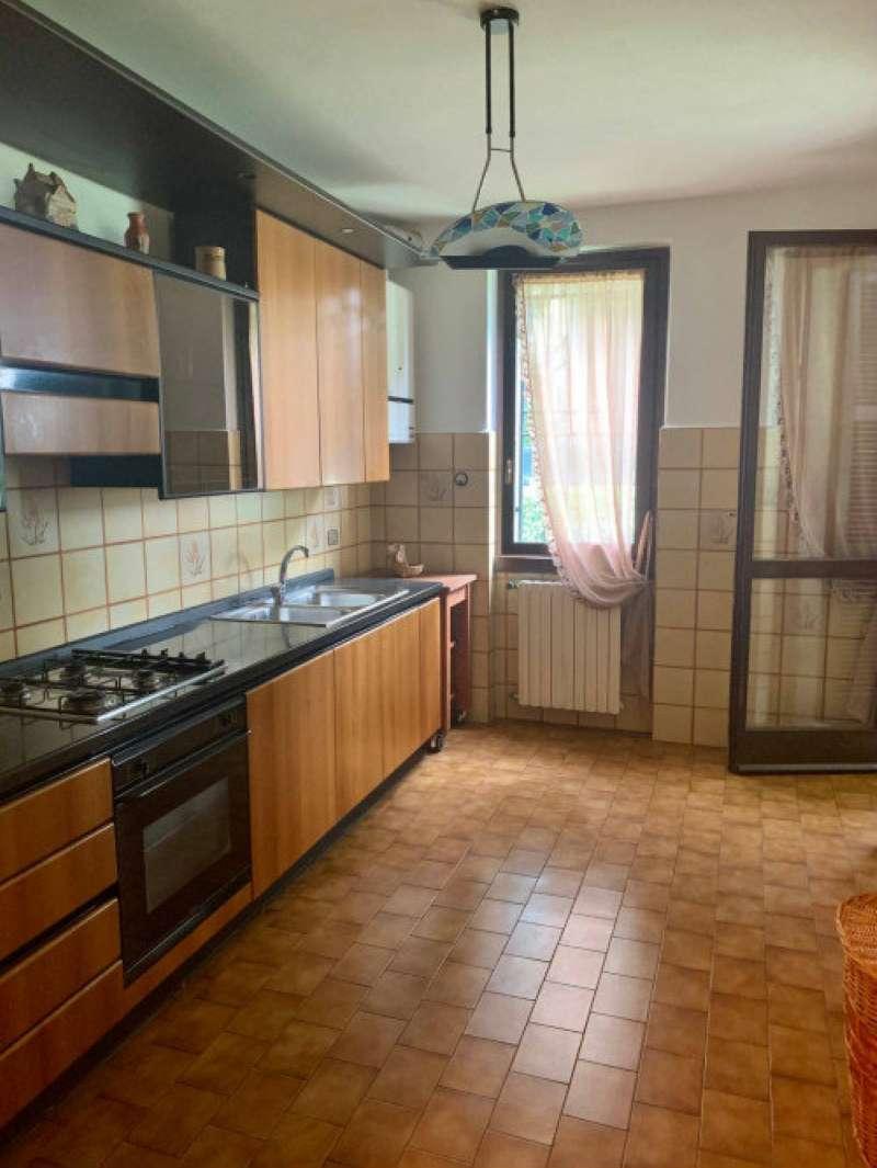 Appartamento in vendita a Capriate San Gervasio, 3 locali, prezzo € 130.000 | CambioCasa.it
