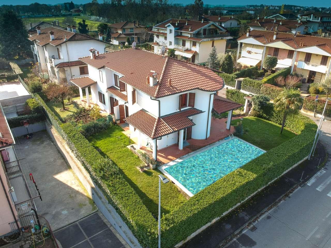Villa Bifamiliare in vendita a Boltiere, 5 locali, prezzo € 335.000 | PortaleAgenzieImmobiliari.it
