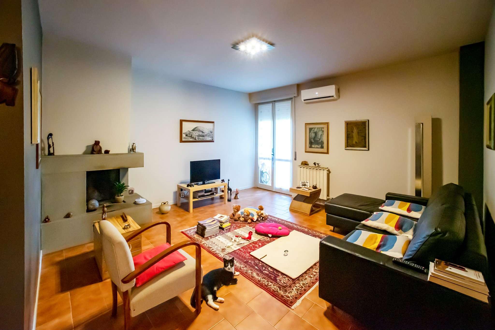 Appartamento in vendita a Calcio, 4 locali, prezzo € 99.000   CambioCasa.it
