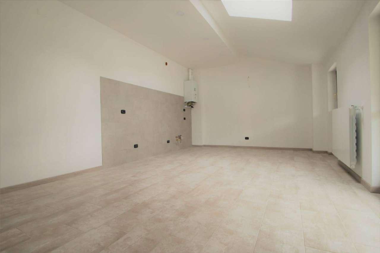 Appartamento in vendita a Villa d'Almè, 3 locali, prezzo € 112.000 | CambioCasa.it