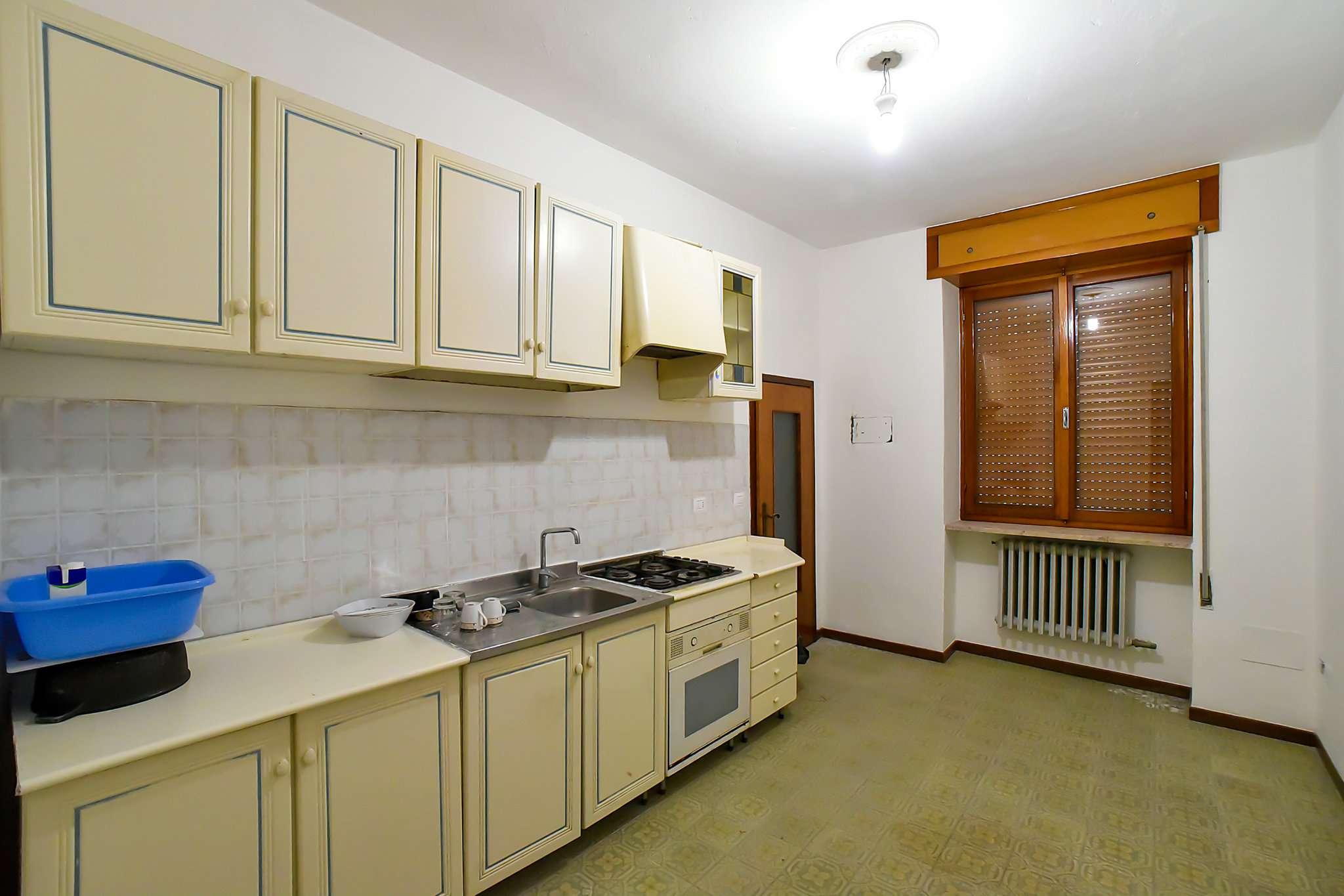Appartamento in vendita a Calcio, 3 locali, prezzo € 59.000   CambioCasa.it