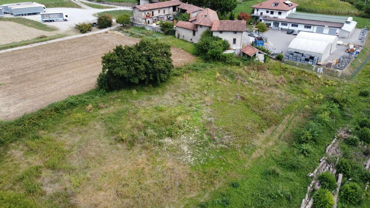 Terreno Agricolo in vendita a Cisano Bergamasco, 10 locali, prezzo € 139.000 | CambioCasa.it