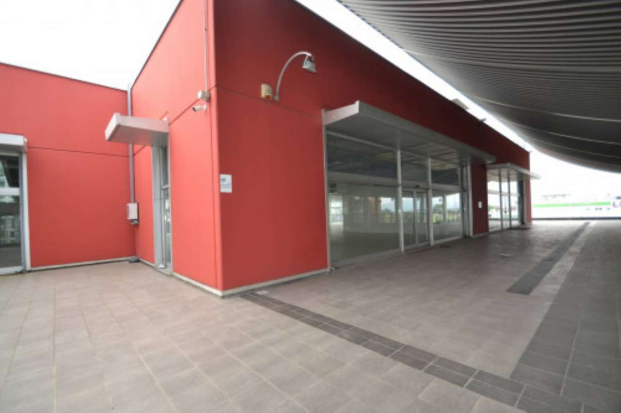 Negozio / Locale in vendita a Curno, 1 locali, prezzo € 799.000 | PortaleAgenzieImmobiliari.it