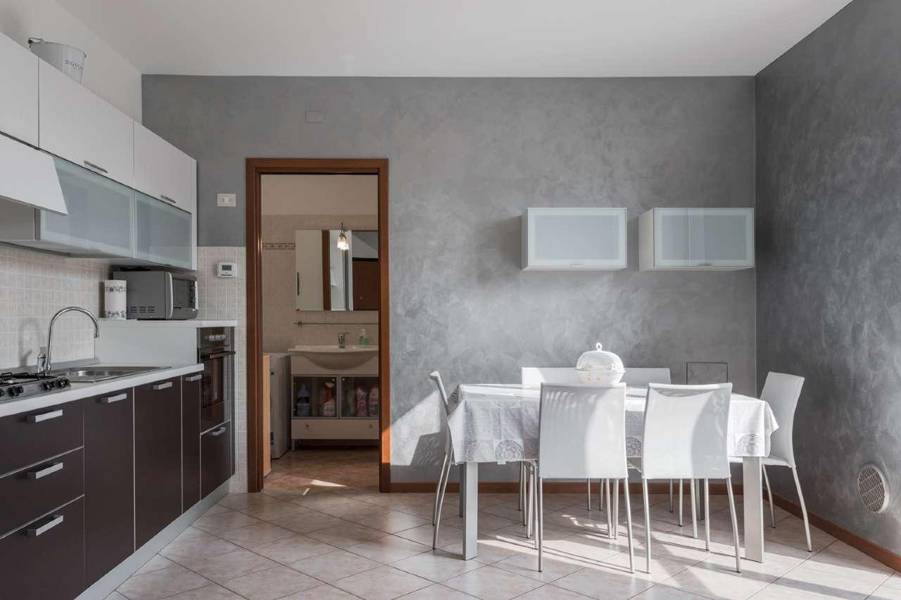 Appartamento in vendita a Bonate Sopra, 2 locali, prezzo € 110.000   PortaleAgenzieImmobiliari.it