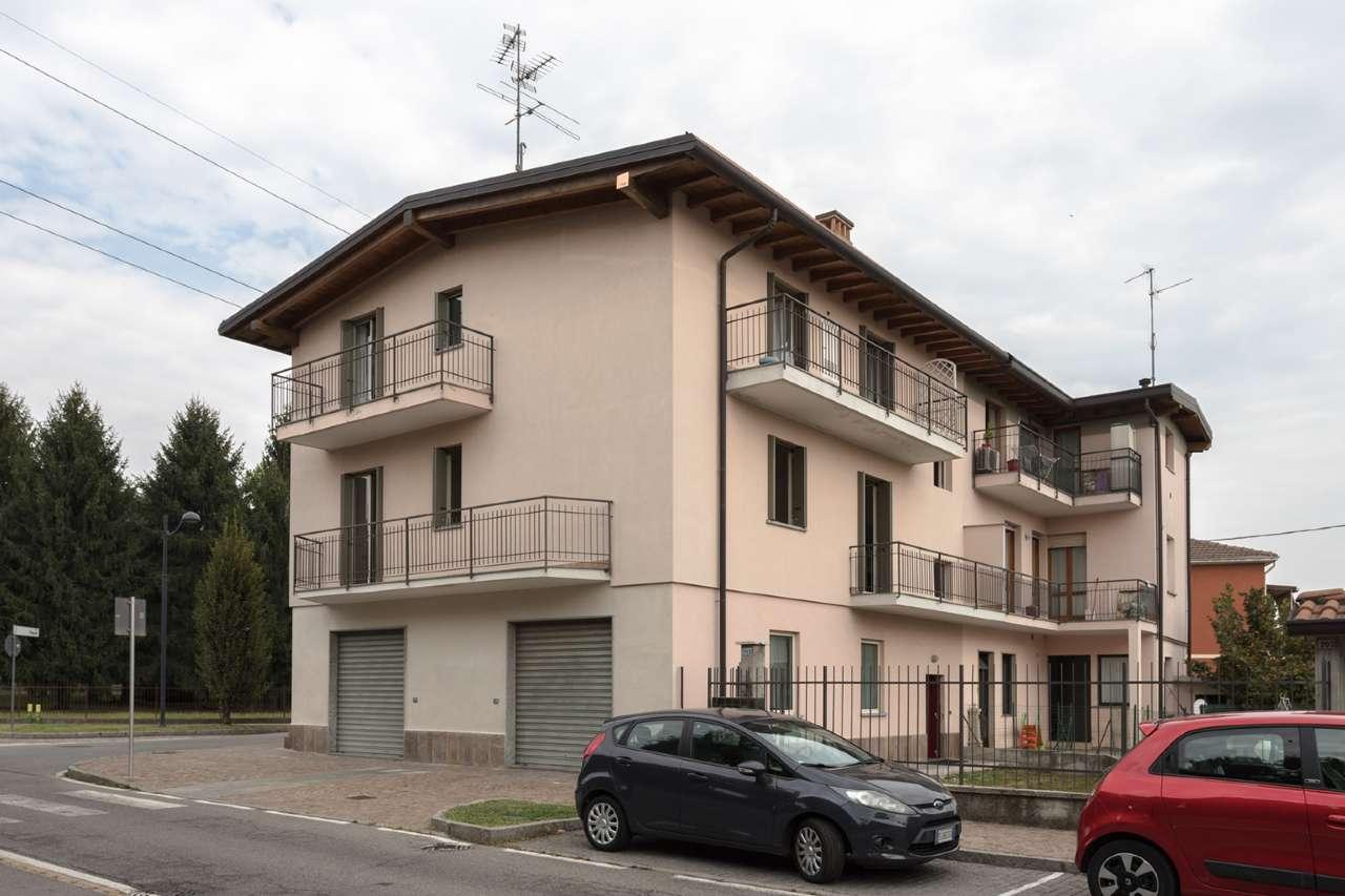Appartamento in vendita a Calusco d'Adda, 3 locali, prezzo € 140.000 | CambioCasa.it