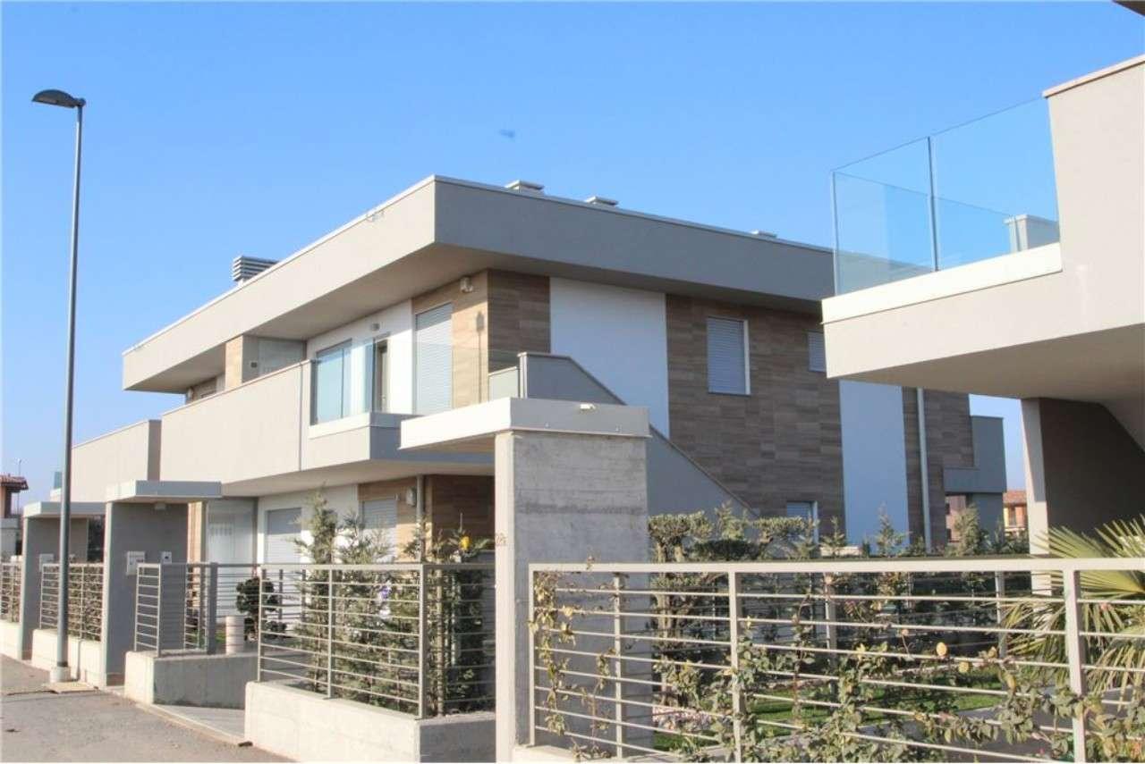 Attico / Mansarda in vendita a Calcinate, 4 locali, prezzo € 213.000 | PortaleAgenzieImmobiliari.it