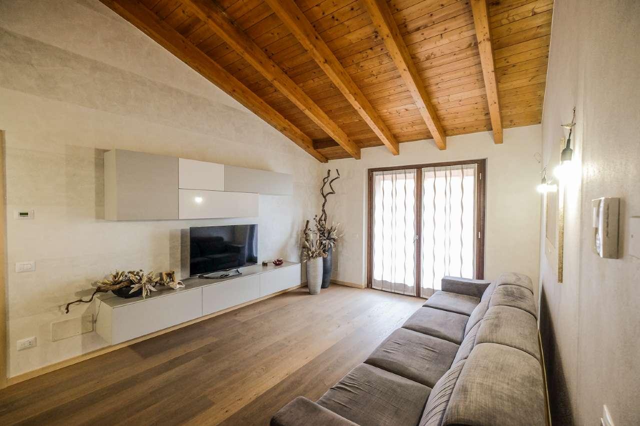 Appartamento in vendita a Bonate Sopra, 4 locali, prezzo € 229.000 | PortaleAgenzieImmobiliari.it