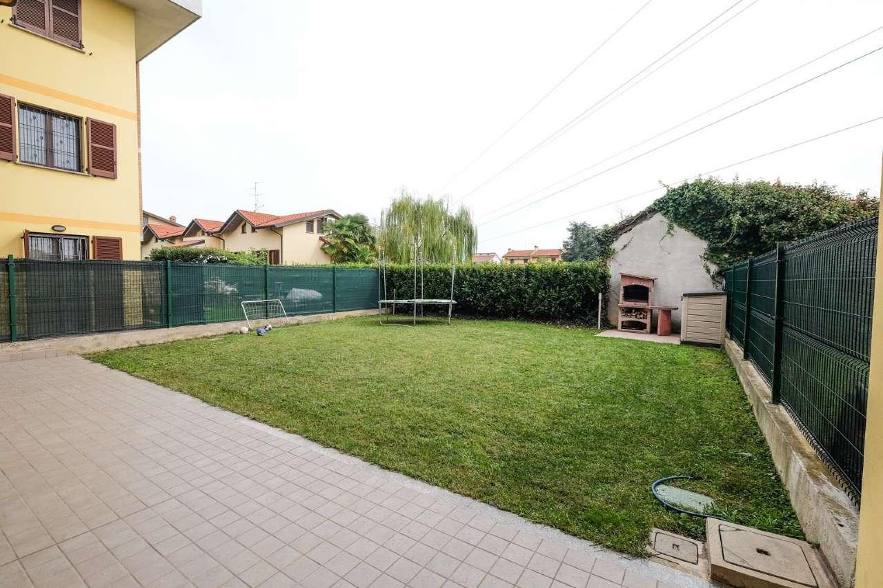 Appartamento in affitto a Grezzago, 3 locali, prezzo € 680   CambioCasa.it