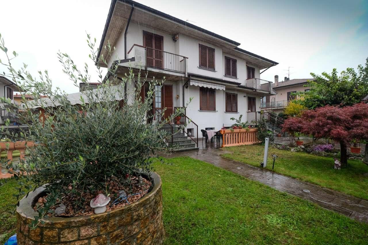 Villa Bifamiliare in Vendita a Bottanuco