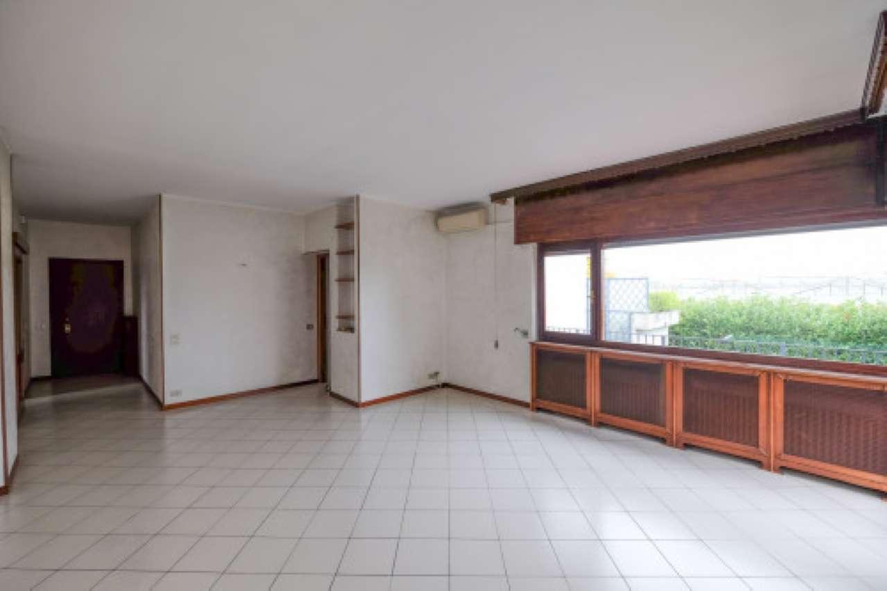 Appartamento in vendita a Orio al Serio, 3 locali, prezzo € 99.000 | CambioCasa.it