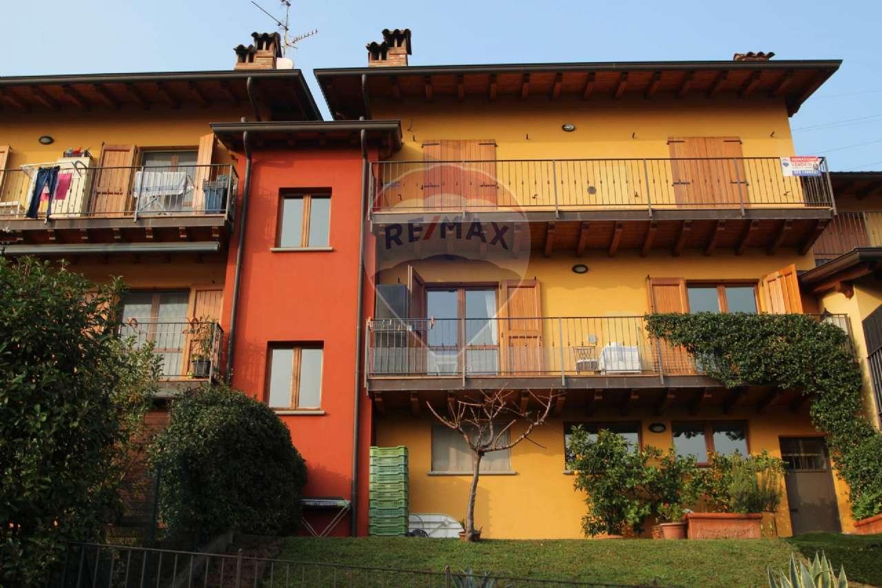 Appartamento in vendita a Almenno San Bartolomeo, 3 locali, prezzo € 155.000 | CambioCasa.it