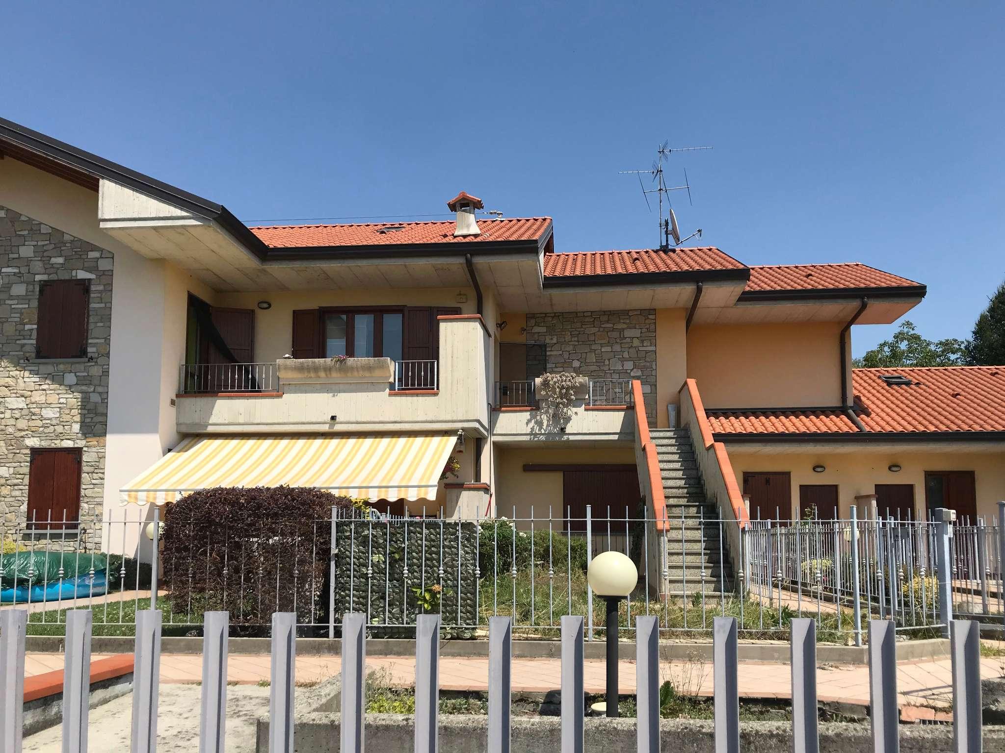 Appartamento in vendita a Bonate Sopra, 4 locali, prezzo € 160.000   PortaleAgenzieImmobiliari.it