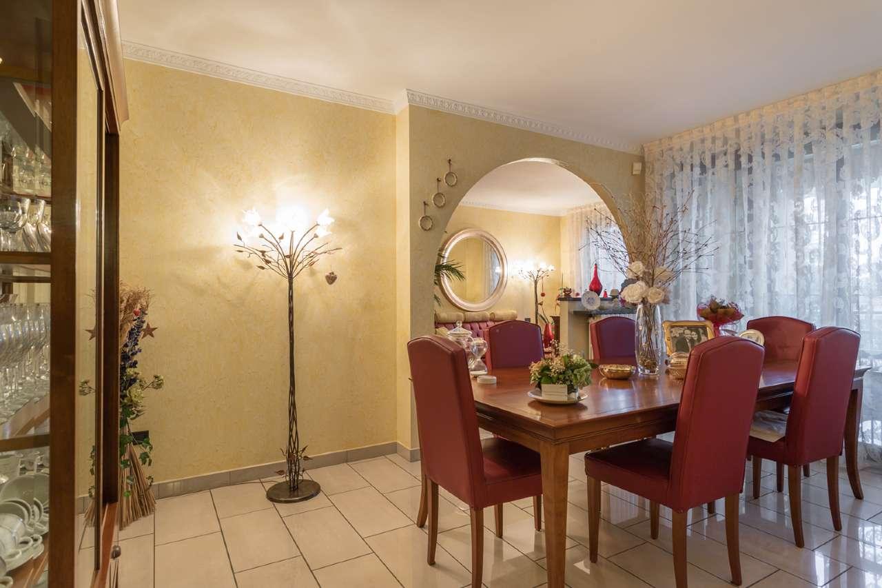 Appartamento in vendita a Trezzano Rosa, 4 locali, prezzo € 220.000 | PortaleAgenzieImmobiliari.it