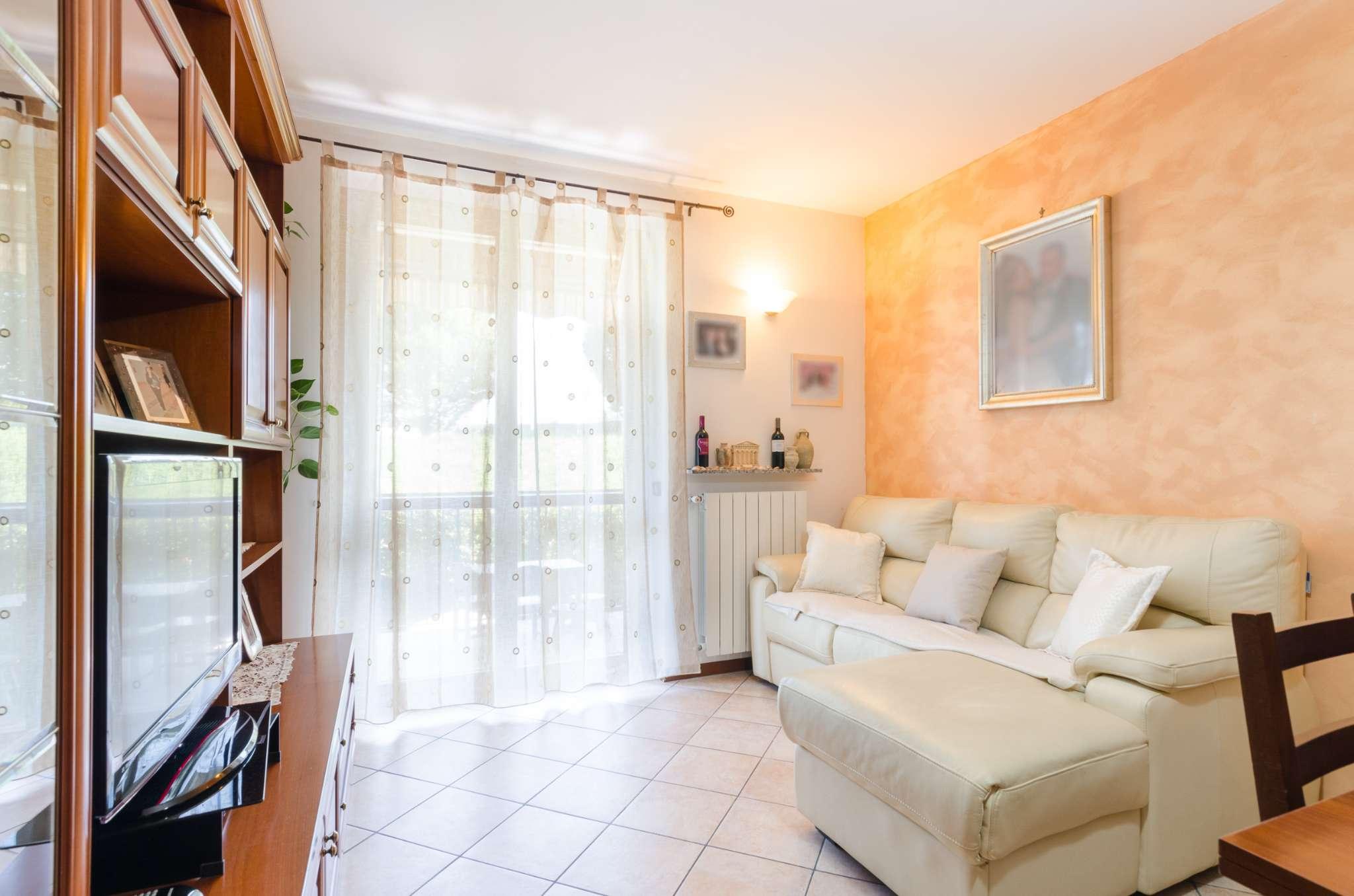 Appartamento in vendita a Brembate di Sopra, 3 locali, prezzo € 115.000 | CambioCasa.it