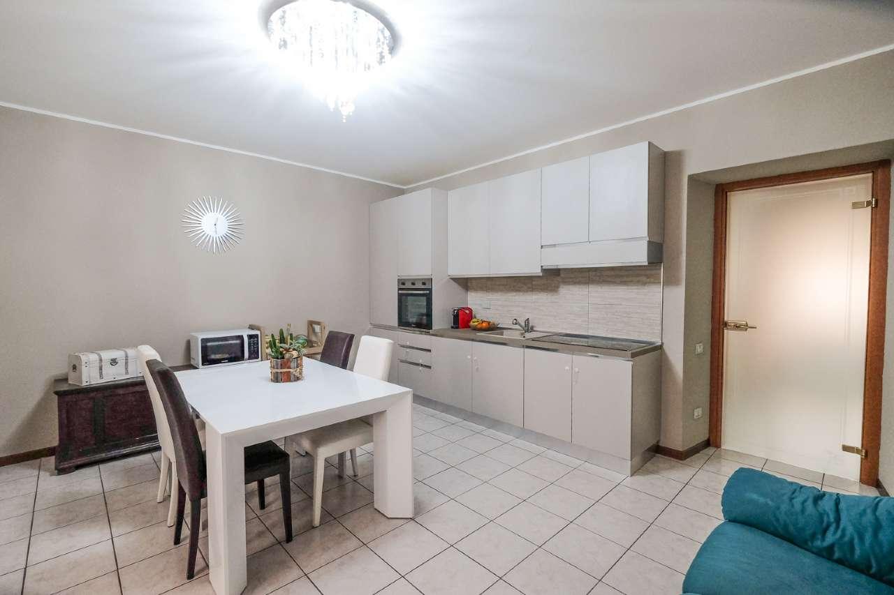 Appartamento in vendita a Bonate Sotto, 3 locali, prezzo € 84.000 | PortaleAgenzieImmobiliari.it