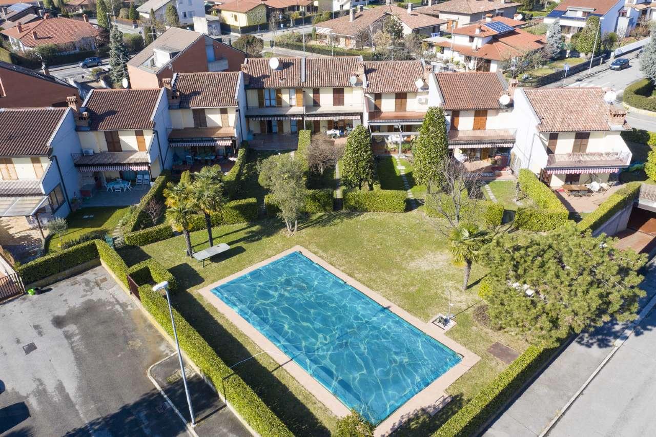 Villa a Schiera in Vendita a Brembate di Sopra