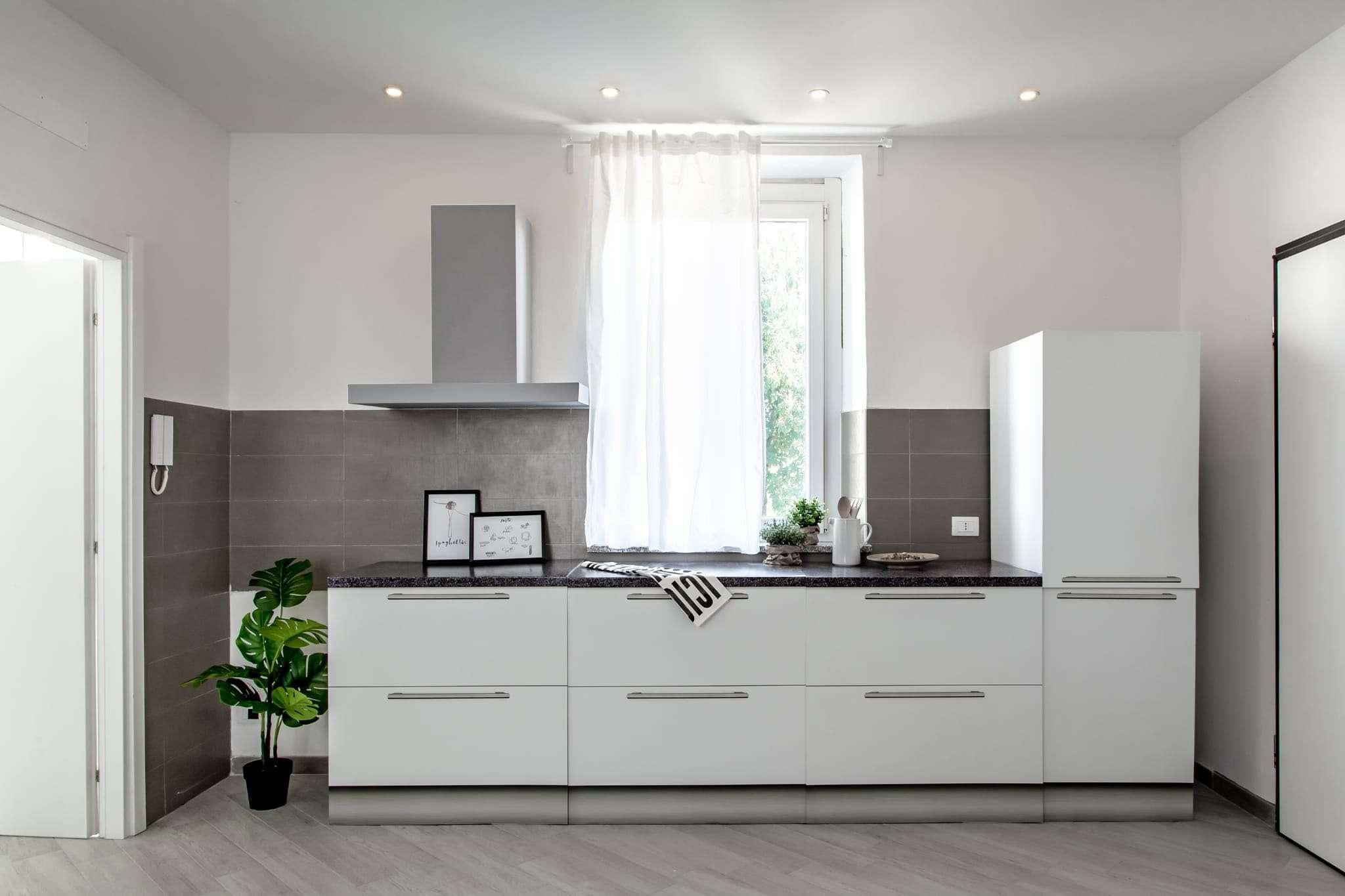 Appartamento in vendita a Bonate Sotto, 4 locali, prezzo € 90.000 | PortaleAgenzieImmobiliari.it